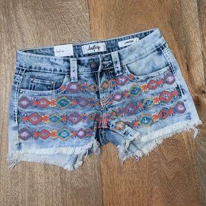 NWT Daytrip Capricorn Jean Shorts